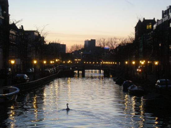Лейден, Нидерланды: Aterdecer en Leiden (Holanda)
