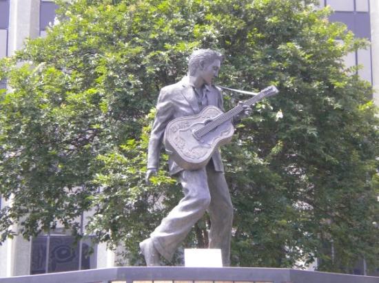 Elvis Presley Statue On Beale Street