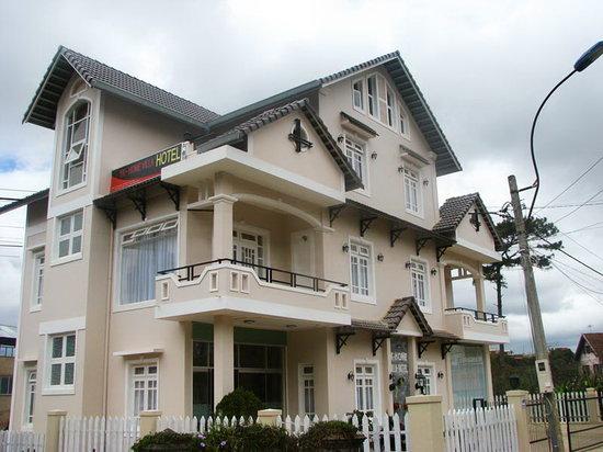 YK Home Villa: EXTERIOR