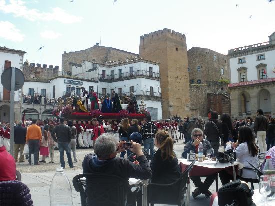 Old Town of Cáceres : Plaza Mayor- Semana Santa y procesiones
