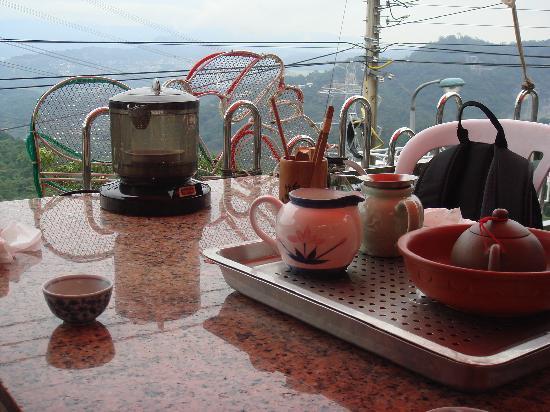 Maokong mountain: お茶セット