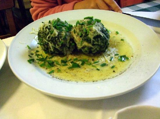 Gasthaus Ubl: Spinah dumplings