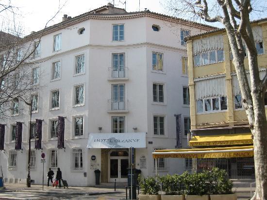 Hotel exterior fotograf a de boutique hotel c zanne aix for Hotel cezanne boutique hotel