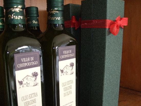 Villa Di Campolungo Agriturismo : They make their own olive oil on site from the surrounding olive orchard... delicious