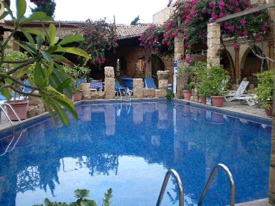 Roman II Boutique Hotel: Pool