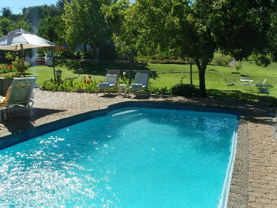 De Opstal Country Lodge: Pool