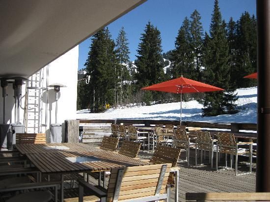 Saanewald Lodge: View from the deck - ski in/out