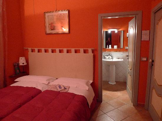 Al Giardino dell'Alloro : My room at Al Giardino Dell´Alloro