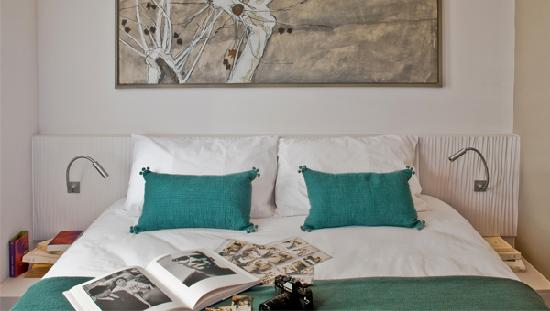 DECOH - Rue Paradis : Bedroom-Marseille-rue-Paradis