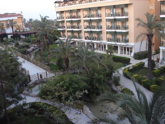 Vera Club Hotel Paradiso: garden