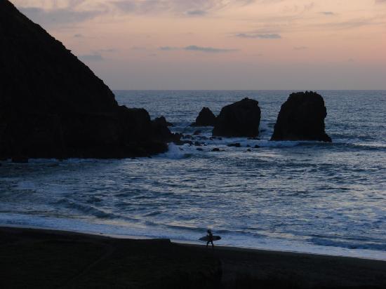 Holiday Inn Express Hotel & Suites Pacifica: rockaway beach