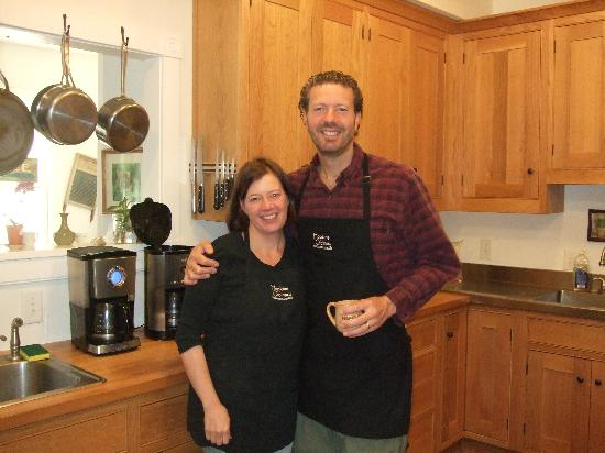 Hopkins Ordinary Bed & Breakfast: Sherri and Kevin - Inkeepers