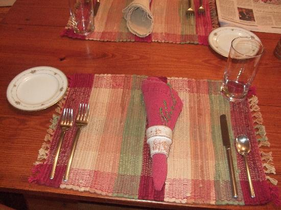 Hopkins Ordinary Bed & Breakfast: Table Setting w/personalized touches
