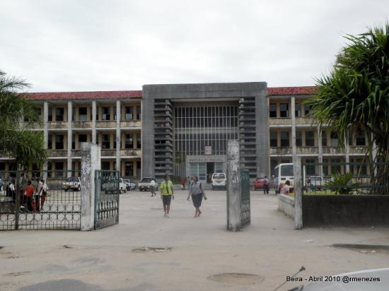 Beira, Moçambique - Liceu Pero de Anaia