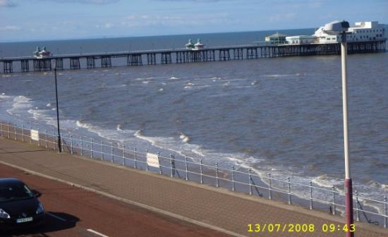 Blackpool, UK: THE SEAFRONT