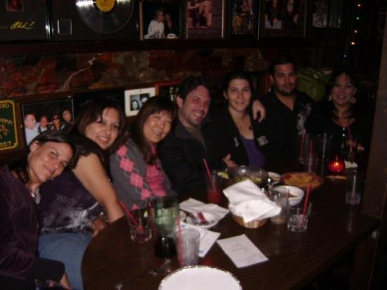 West Hollywood, Californië: Christina, me, Crickette, Luke, Anita, Ian, and Ninfa.