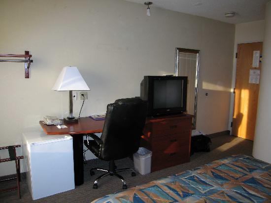 Sleep Inn Airport Kansas City: Room 109