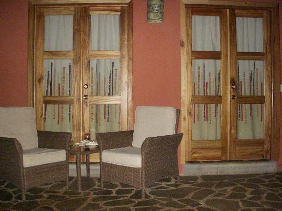 Hacienda La Isla Lodge: Outside of the room