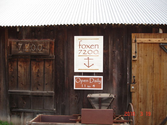 ‪Foxen Vineyard‬