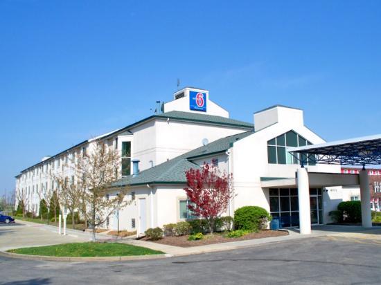 Motel 6 Springfield: Motel 6