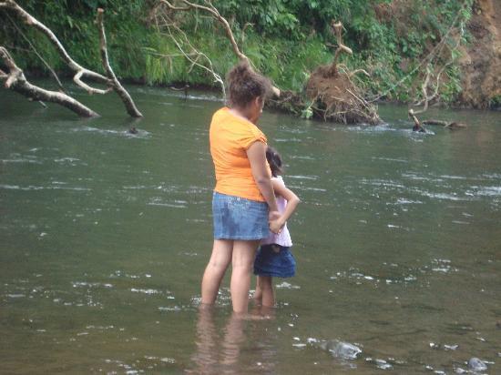 Mapi's Cabins: visita al rio 3