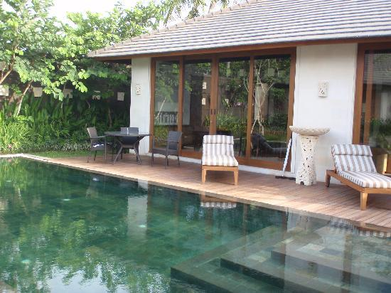 The Akasha Villas: pool