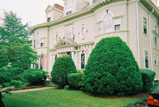 Cranston, Ρόουντ Άιλαντ: Edgewood Manor B&B outside Providence, RI