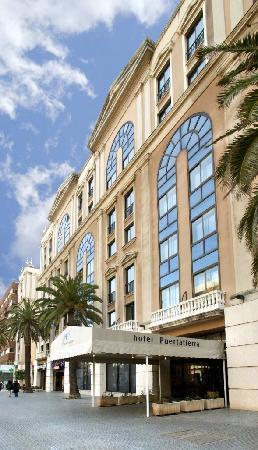 Hotel Monte Puertatierra: Fachada