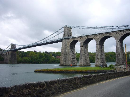 Anglesey Walking Holidays: Mainland Link
