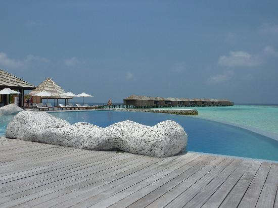 Lily Beach Resort & Spa: View from Aqva Bar