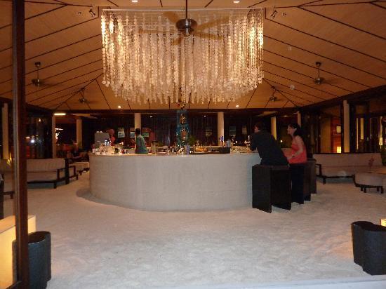 Lily Beach Resort & Spa: Spirit Bar