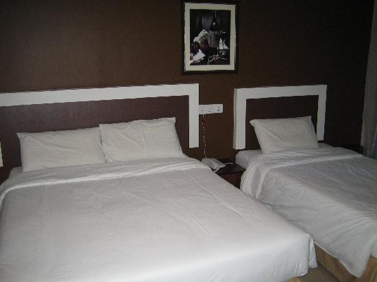 CK Hotel: room ~