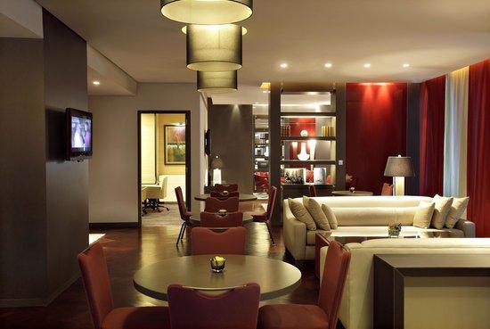 Park Rotana Abu Dhabi: Club Rotana Lounge