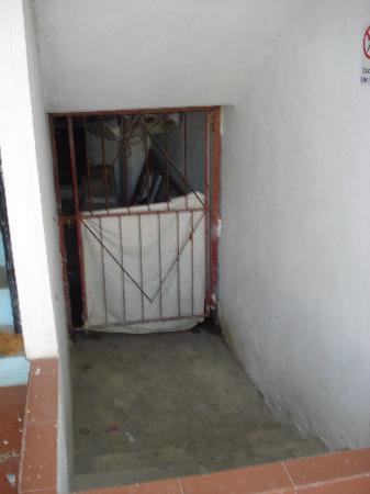 hotel escaleras interiores