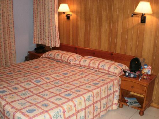 Apartamentos Royal Life : habitación