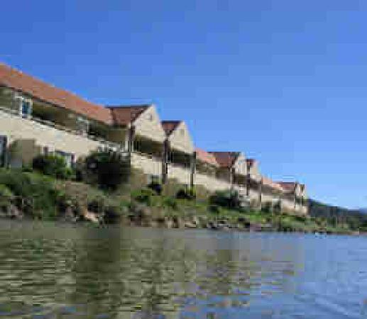 Waterfront Apartments: Apartments On The Waterfront Picton: 2018 Prices & Reviews