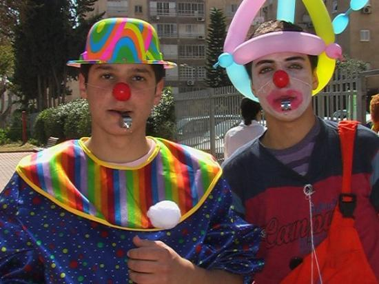 Netanya, İsrail: medical clowns    