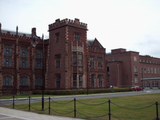 Queen's University Photo