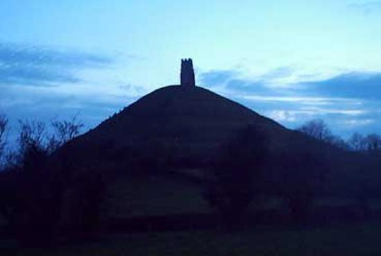 Glastonbury, UK: Beautiful Tor... sunset 2005