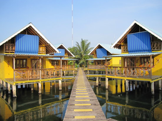 Koko Resort: the cabins