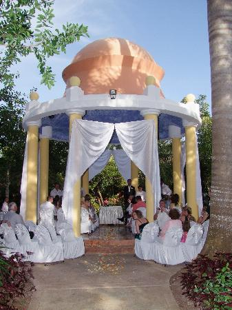 IBEROSTAR Paraiso Del Mar: Wedding Gazebo