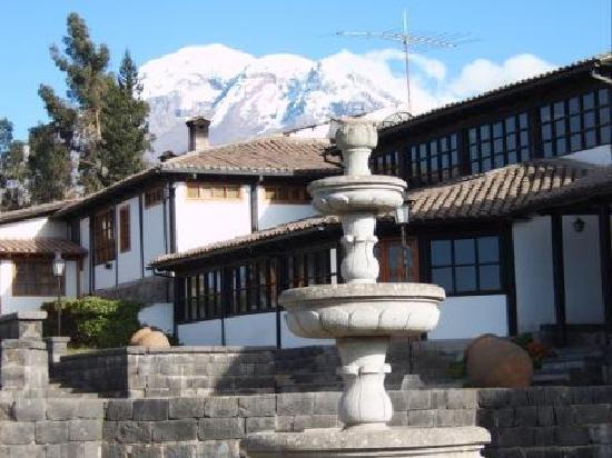 Hosteria La Andaluza: fachada interna