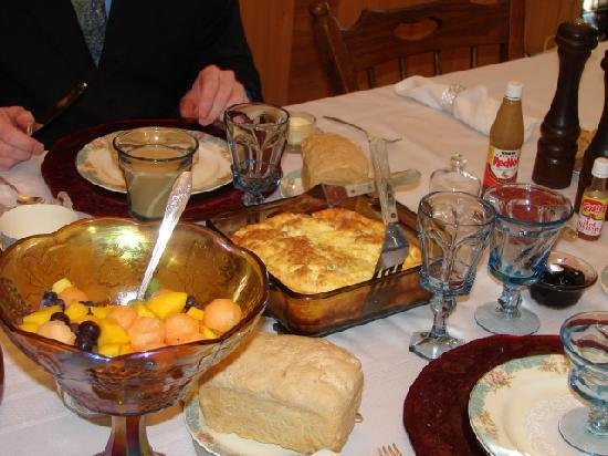 Gillum House Bed & Breakfast : This breakfast was featured on TV