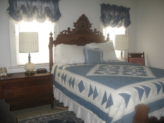 Oxbow Bed and Breakfast: Room