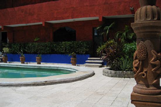 Hotel La Casona Real: swimming pool