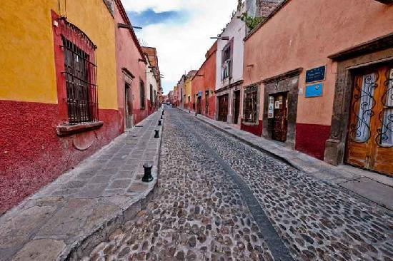 Casa Maricela: The street outside the B&B.