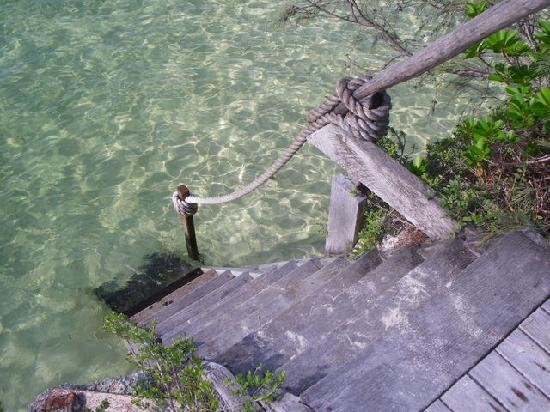 Le Meridien Ile des Pins: accès privé à la mer