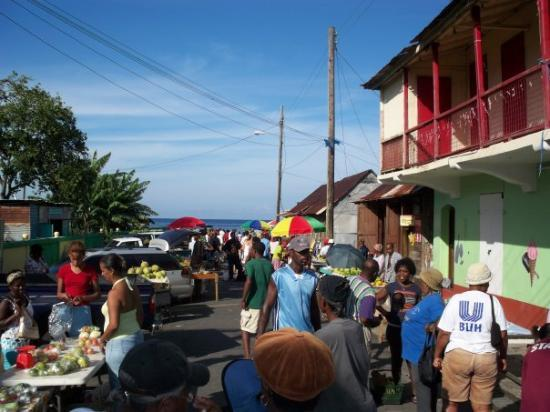 Roseau, Dominica: Market Downtown Portsmouth