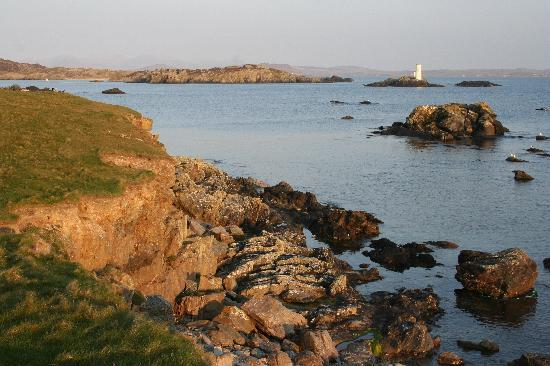 Inishbofin House Hotel: The harbour, Inishbofin