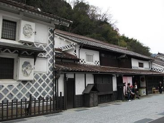 Historical Katsuyama Town Conservation Area: 蔵元、寅さんのロケ地